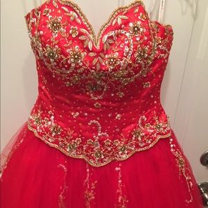 Beautiful Red Formal Dress | Sz. 2 | EUC